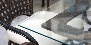 Clear acrylic garden patio table top cut to size for Plexiglass table top replacement